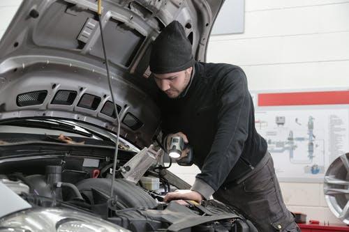 Laat je auto in topconditie houden bij een erkend autobedrijf
